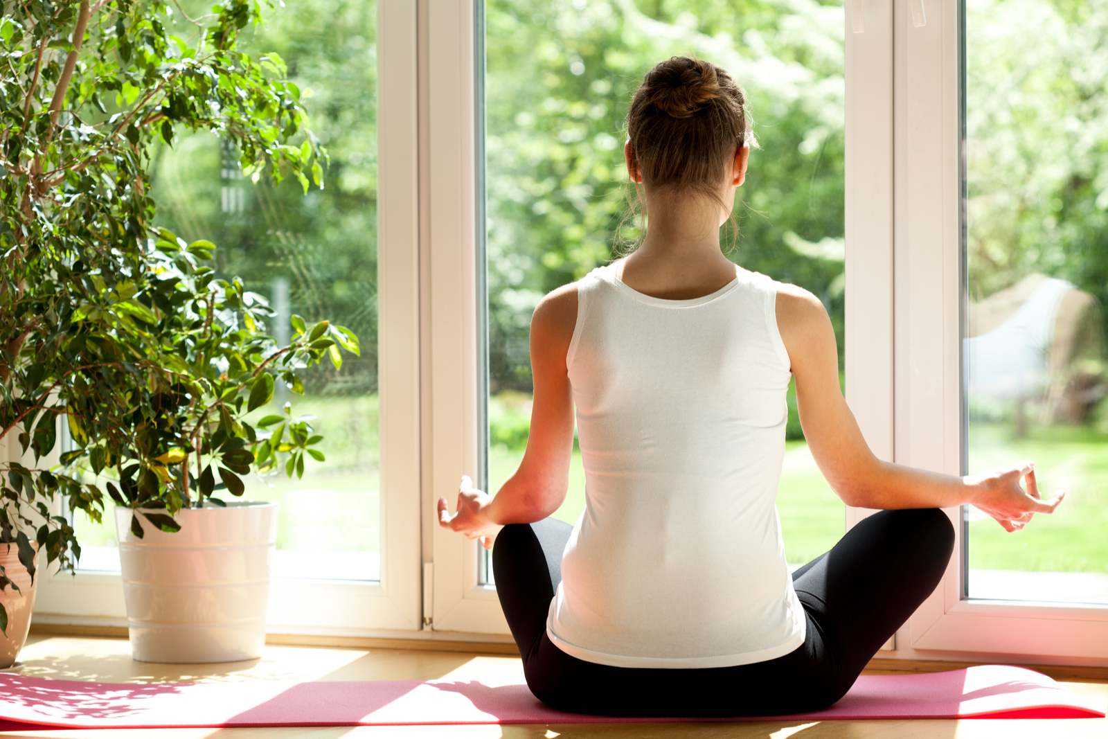 Comfortable Clothing | 10 Easy Yoga Tips To Get The Most Out Of Your Practice
